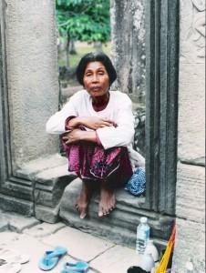 Au seuil d'un temple, Violette Dougados-Morais