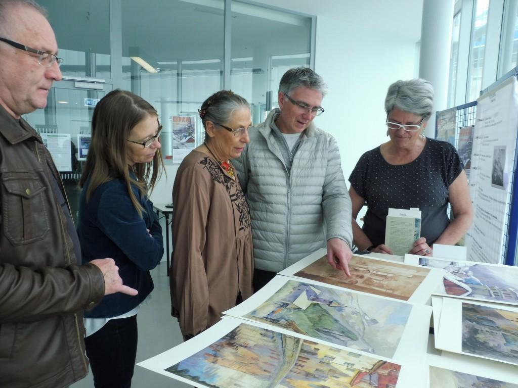Espace culturel & Archives, St Jean de Maurienne, devant les oeuvres de Richarme, 6 avril 2016